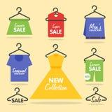 Signage et bannières de VENTE de cintres d'habillement Photo libre de droits