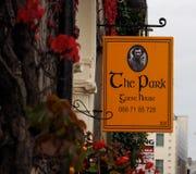 Signage för hotell i Tralee Irland Royaltyfria Bilder