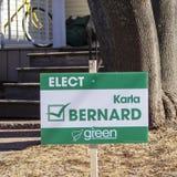 Signage Karla Бернард от Зеленой партии Острова Принца Эдуарда для захолустного избрания 23-ье апреля 2019 стоковые изображения rf