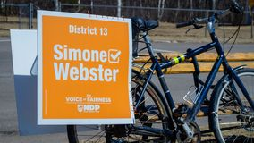 Signage sur un v?lo de Simone Webster, candidat de NDP dans le P E I ?lection photos stock