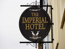 Signage voor Hotel in Tralee Ierland Royalty-vrije Stock Foto's
