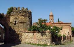 Signagi镇堡垒在乔治亚, Kahety地区、屋顶和高耸在背景 免版税库存照片