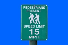 Signal d'avertissement pour des automobilistes Photo stock