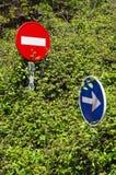 Signalisation avec la végétation Photo libre de droits