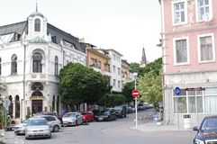 Signalisation sur la rue à Varna, Bulgarie Photos stock