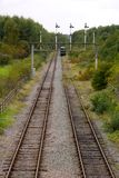 Signallastningsbrygga och railtracks Royaltyfria Foton