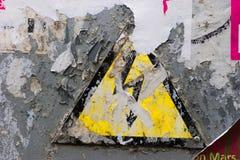 Signe à haute tension grunge Images libres de droits