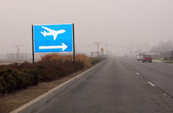 Signe à l'aéroport images libres de droits
