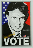 Signe à l'appui de candidat présidentiel Donald Trump sur l'affichage Photos stock