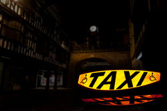 Signe 2 de taxi Images libres de droits