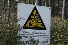 Signe anglais bilingue de Gallois aux sables de Whiteford photo libre de droits