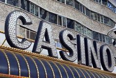 Signe au néon de casino Photographie stock