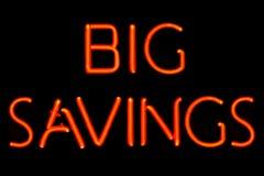 Signe au néon de la grande épargne Photo libre de droits