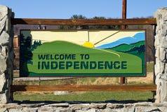 Signe bienvenu à l'indépendance Photos libres de droits