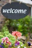 Signe bienvenu - bâti et déjeuner Image stock