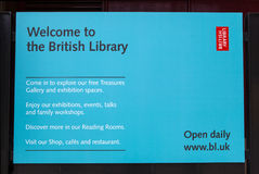 Signe britannique des informations sur la bibliothèque Photographie stock