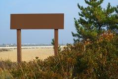 Signe brun blanc Photographie stock libre de droits