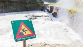 Signe carré vert - avertissant pour le risque de chute Images libres de droits