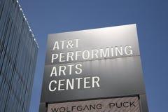 Signe central d'arts du spectacle d'AT&T photographie stock libre de droits