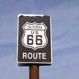 Signe classique de route des USA 66 d'itinéraire de la Californie Photographie stock libre de droits