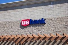 Signe d'édifice bancaire des USA images libres de droits