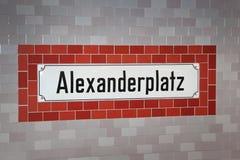 Signe d'Alexanderplatz image stock