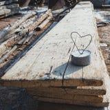 Signe d'amour au chantier de construction Photographie stock libre de droits