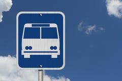 Signe d'arrêt d'autobus Photos stock