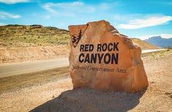 Signe d'entrée à la gorge rouge de roche photos libres de droits