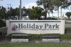 Signe d'entrée de parc de vacances Photographie stock libre de droits