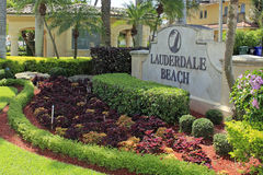 Signe d'entrée de plage de Lauderdale Photos libres de droits