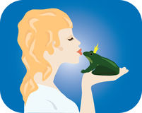 Signe d'espoir - fille embrassant la grenouille Photographie stock