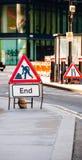 Signe d'extrémité de route Photographie stock libre de droits