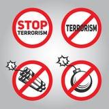 Signe d'interdiction avec le texte, bâtons de dynamite et bombes Photo stock