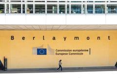 Signe d'UE au bâtiment de Berlaymont photographie stock libre de droits