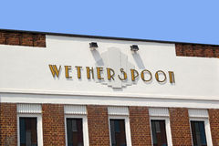 Signe de bar de wetherspoon d'art déco Photo stock