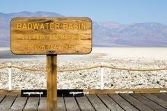 Signe de bassin de Badwater Photographie stock libre de droits