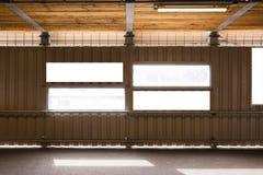 Signe de blanc de Windows de chantier de construction de mur en métal de Corrigated petit image stock