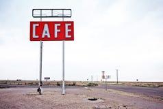 Signe de café le long de l'itinéraire historique 66 dans le Texas Images stock