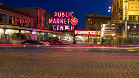 Signe de centre de marché public de place de Pike Images stock