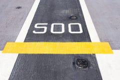 Signe de cinq cents mètres Photos stock