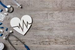 Signe de coeur et de cardiogramme Images stock