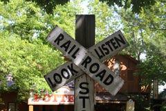 Signe de croisement de voie ferrée Photographie stock libre de droits