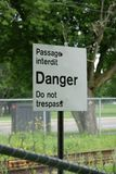 Signe de danger de chemin de fer Photos libres de droits