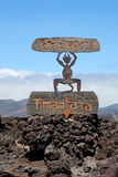 Signe de diable par le parc national de Timanfaya d'entrée à Lanzarote Photos libres de droits