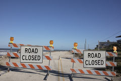 Signe de fermeture de route Images stock