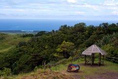 Signe de hutte et de roche Photographie stock libre de droits