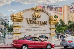 Signe de l'entrée vénitienne d'hôtel de tourisme et de casino Photographie stock libre de droits