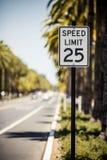 Signe de la limitation de vitesse 25 Image libre de droits