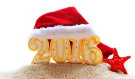 Signe de la nouvelle année 2016 avec le chapeau de Santa Claus Photo libre de droits